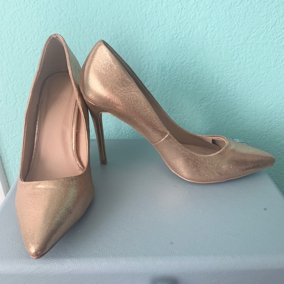 Charlotte Russe Shoes - 💛 Gold pointed stilettos 💛